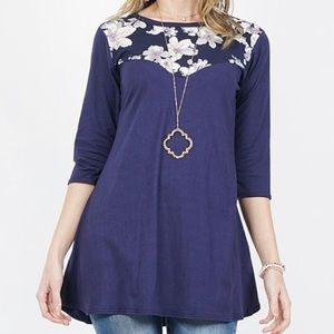 Navy Floral-Accent Three Quarter Sleeve Top